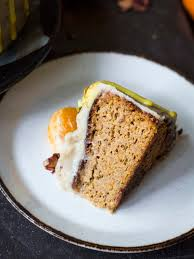 Flourless mandarin almond cake
