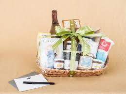 beautiful customized gift baskets