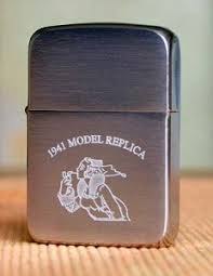 Отличия модели <b>Zippo 1941</b> Replica (brushed chrome ...