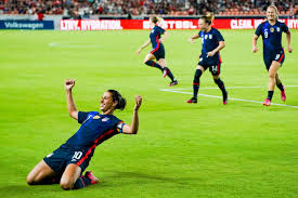 Carli anne lloyd was born on july 16, 1982, in delran, new jersey, to parents steve and pam. Carli Lloyd 38 Becomes Oldest Player To Score For Uswnt The Athletic