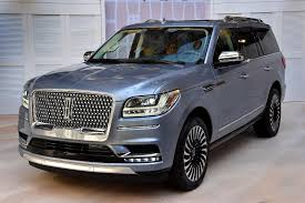 2018 lincoln navigator. modren navigator the 2018 lincoln navigator sheds 200 pounds with a new aluminum body and  features 35liter v6 engine paired 10speed automatic transmission on lincoln navigator e