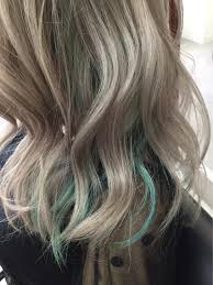 パールアッシュグリーンメッシュnext池袋所属keisukeのヘア
