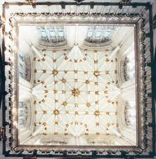 york minster. looking up to the roof in york minster photographed by david simpson