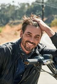 Skeet Ulrich Went From '90s Heartthrob to Struggling TV Actor. Now He's  Back. | Skeet ulrich riverdale, Skeet ulrich, Tv actors
