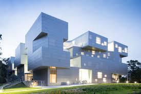 UNIVERSITY OF IOWA VISUAL ARTS BUILDING; Iowa City, Iowa / Steven Holl  Architects.