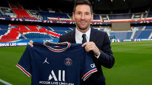 Lionel Messi's new team: PSG signs ...