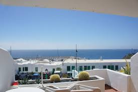 Nice Quiet 2 Bedroom Holiday Apartment In The Old Town Of Puerto Del Carmen  With Lovely Sea Views