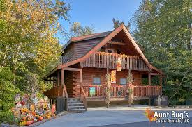 3 Bedroom Pigeon Forge Resort Cabin With Theater Room, Game Room And Hot Tub