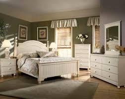 image of cottage retreat queen bedroom set