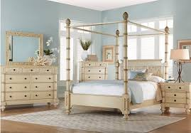Key Royale Cream 5 Pc Queen Canopy Bedroom | Home Decor | Pinterest ...