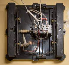 Whether the signal is transmitted wirelessly or through electrical wiring, the wiring connections of friedland doorbells are of the standard type. De 1799 Doorbell Wiring Diagram On Friedland Door Chimes Wiring Diagram Free Diagram
