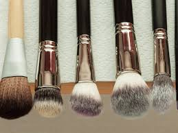 coconut oil to clean makeup brushes