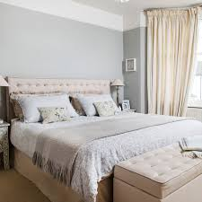 grey bedroom ideas grey wall neutral curtains