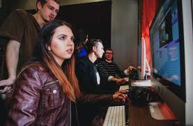 The recording connection music engineering exernship in chicago breaks that cycle. How To Select The Right Audio Engineering School For You