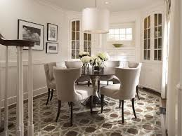 round dining tables indoor