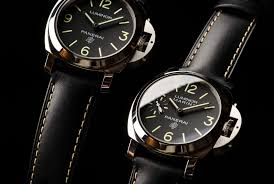 giovani panerai opened the first watch in florence italy in 1860 and his operation soon expanded to include a bustling work and florence s first