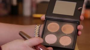 Cover Fx Perfect Light Highlighting Powder Cover Fx Perfect Light Highlighting Palette Review And Swatches