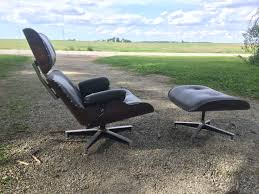 -Headrest stays are aluminum and have 3 points of contact and rubber  stabilizers, but shows screws -Tack upholstery job, not sure if this was  the original ...