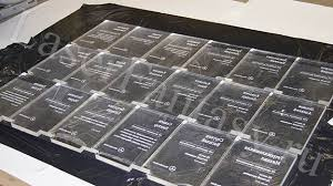Грамоты дипломы награды призы таблички плакетки вывески  Корпоративные наградные дипломы Гравировка на оргстекле 150х200х15мм