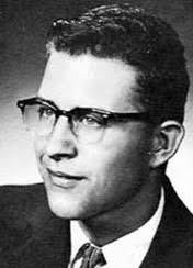 Robert Louis Fields III : Airman Second Class from Illinois, Vietnam War  Casualty