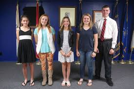 vfw honors voice of democracy essay winners village news patriots pen and voice of democracy essay winners from left kelsey wetegrove samantha elise wilson taylor sanchez ely linberg and carlos urbina at the