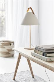Lampe de table style scandinave blanc ou noir E27 | Myplanetled