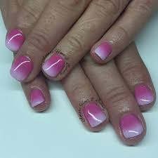 sns nails with ombré pink to white
