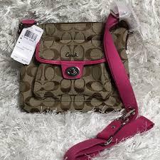NWT COACH Signature Khaki Pink Pocket Swing Pack