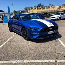 2018 ford mustang gt350. simple mustang 2018 mustang lightning blue white stripe intended ford mustang gt350