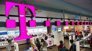 Tmobile Custumer Service T Mobile Store During A Busy T Mobile Office Photo