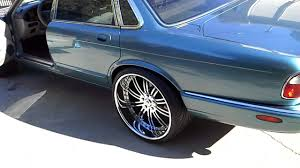 1999 jaguar XJ8 on staggered 22 inch asantis - YouTube