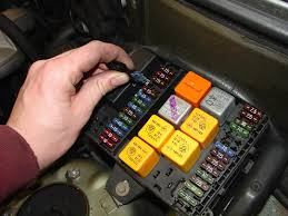 fuse box in bmw 3 series on fuse images free download wiring diagrams 2001 Bmw 325i Fuse Box fuse box in bmw 3 series 11 cadillac escalade fuse box jaguar x type fuse box 2001 bmw 325i fuse box diagram