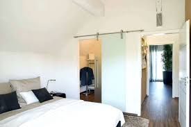 Kleines Schlafzimmer Mit Begehbarem Kleiderschrank Sararussew