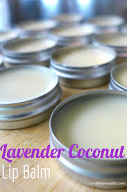 easy diy lavender and coconut lip balm tasty and it makes my lips so