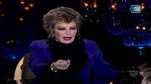 صفية العمري: معالي زايد شرسة وضُرِبت على وجهي من صلاح السعدني ومحمود عبد  العزيز «كَفّ إيده قَد الشبشب»