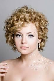 short curly blonde wedding hairstyle