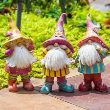 own garden gnome set