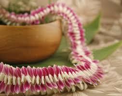 pearl lei hawaiian flower lei