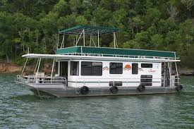 Small arms of the lake. Dale Hollow Lake Houseboats Rentals