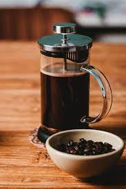 Extraction is the process that pulls the flavor out of the coffee, turning clear water into that delightfully dark brew. Is A Fine Grind Better For French Press Coffee Perfect Daily Grind