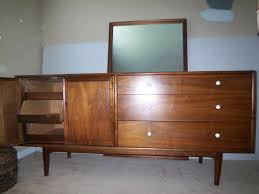 Mid Century Modern Bedroom Furniture Bedroom Mid Century Modern Home Interiors Banquette Basement