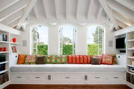 Window Seat 10 Window Seats Reading Nooks And Other Cozy Indoor Spots