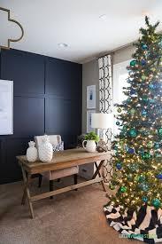 christmas office decor. Green-blue-christmas-office Christmas Office Decor