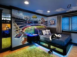 Baseball-Themed Teenage Boy's Room
