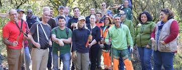 Embaixatriz Glass Joins U S Service Members In Community Service