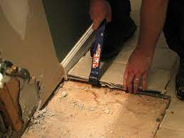 how to remove ceramic tile flooring easily