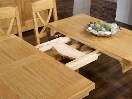 Table de repas carrée réalisée en Chêne Massif 150x150