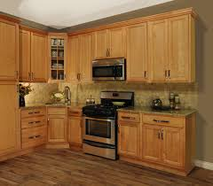 honey maple kitchen cabinets. L Shaped Honey Maple Kitchen Cabinet With Freestanding Range And Wall Microwave Also Vinyl Wood Flooring Cabinets H