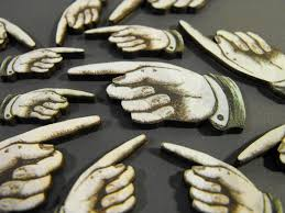 Mindlessly Pointing Images?q=tbn:ANd9GcStOpWTJIe-1fqQ6kSsNTqizxv2l_-KHrSVVanrhlJIasuqKlaf