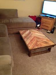 Pallet wood coffee table with chevron design -  Facebook.com/UpcycledPalletDesigns